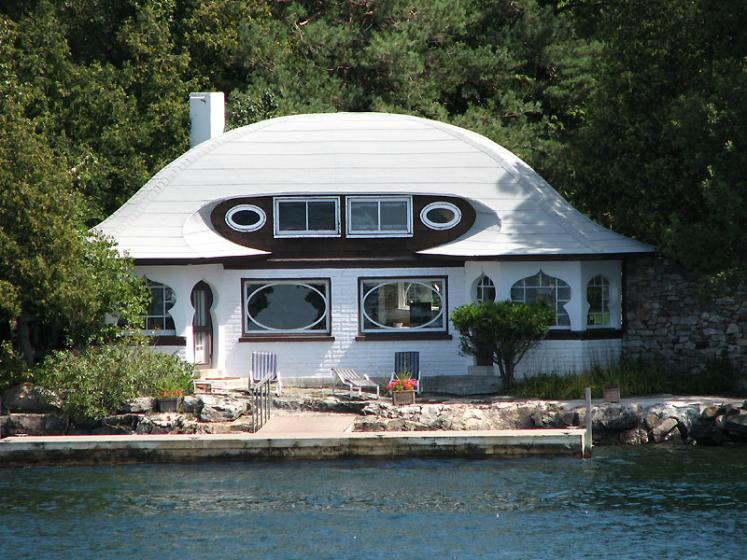 World Travel Photos :: Interesting unusual buildings :: Ontario. Thousand Islands