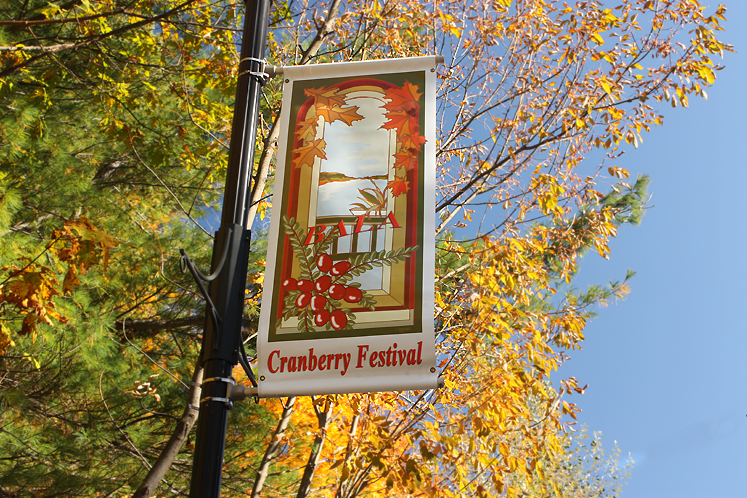 World Travel Photos :: Shop-Signs :: Bala - Cranberry Fest sign