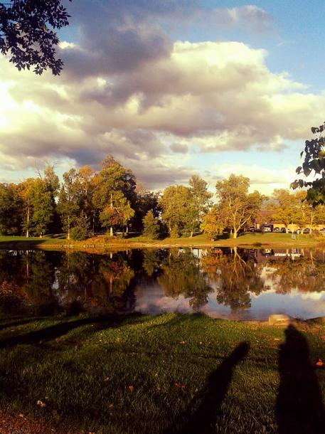 Canada Ontario Photos :: Belleville :: Belleville. Fall pretty scenery