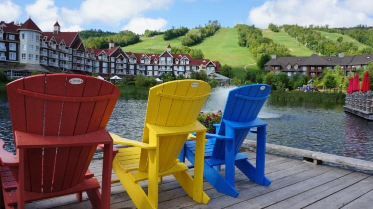 Canada Ontario Photos :: Blue Mountain :: Deck Chairs on Mill Pond Blue Mountain