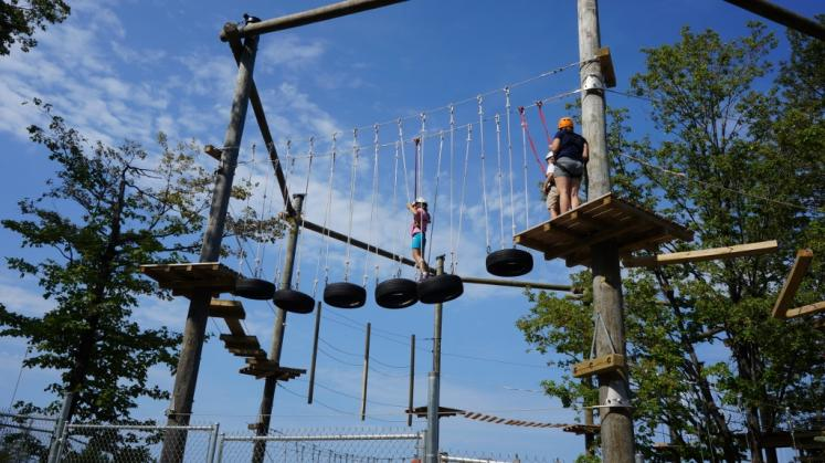 Canada Ontario Photos :: Blue Mountain :: New Low Ropes at Blue Mountain