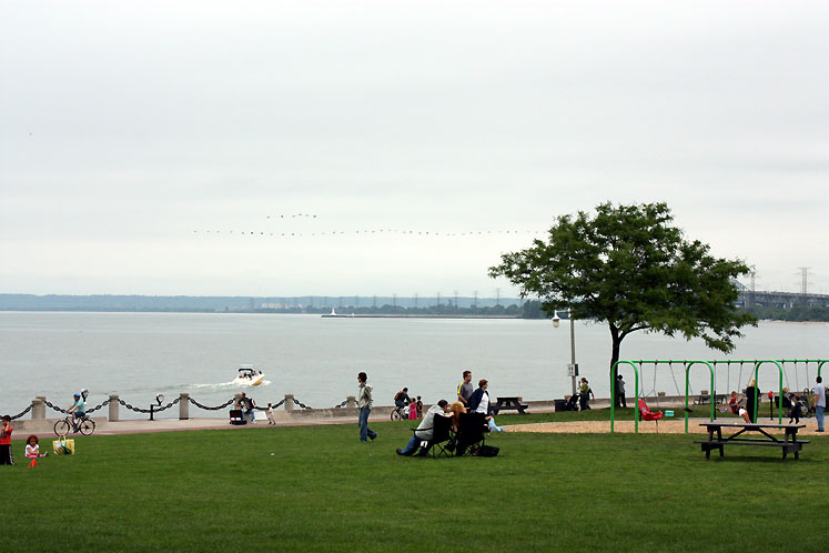 Canada Ontario Photos :: Burlington :: A waterfront in Burlington
