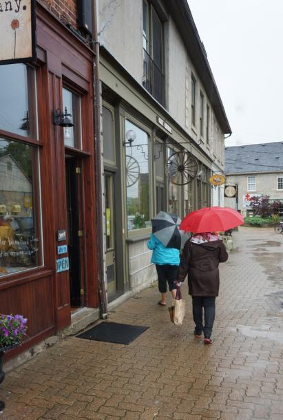 Canada Ontario Photos :: Elora :: Downtown Elora on a rainy day