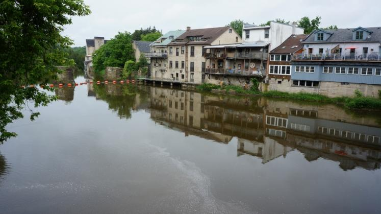 Canada Ontario Photos :: Elora :: Reflections of Elora shops in Grand River