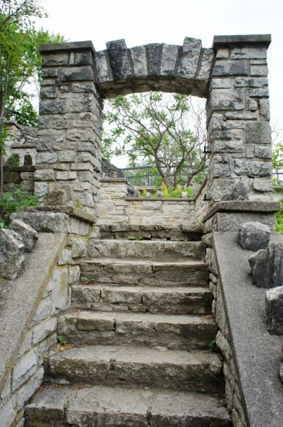 Canada Ontario Photos :: Fergus :: Stone Arch leading down to Grand River in Fergus