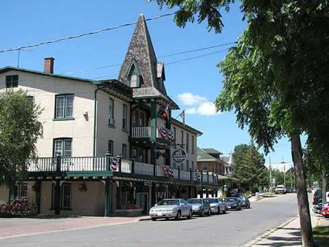 Canada Ontario Photos :: Gananoque :: Gananoque. One of the Streets