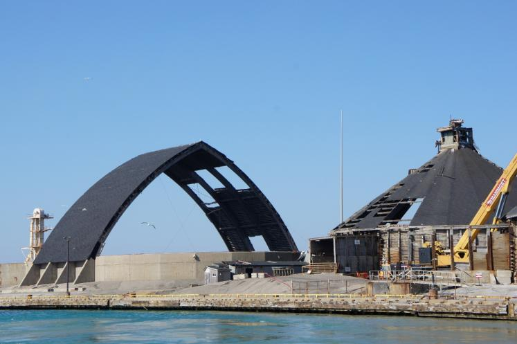 Canada Ontario Photos :: Goderich :: Goderich Salt Mine damage from tornado unfixed Oct.9