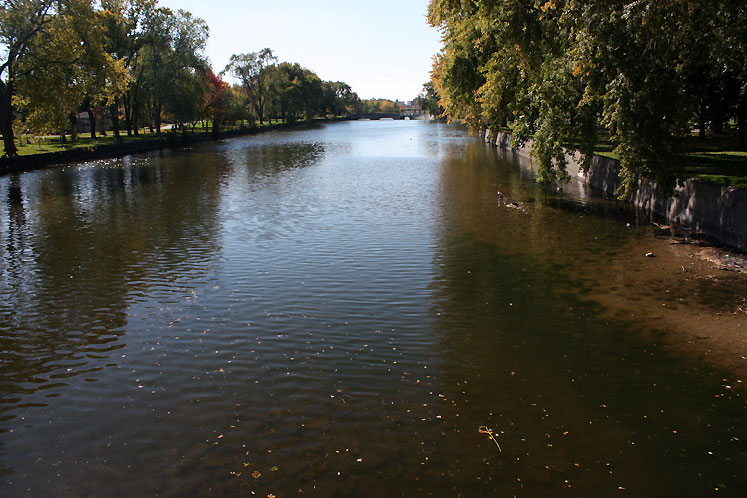 Canada Ontario Photos :: Guelph :: A river in Guelph