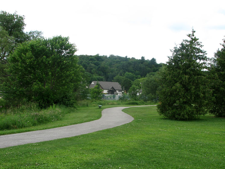 Canada Ontario Photos :: Haliburton :: A park in Haliburton
