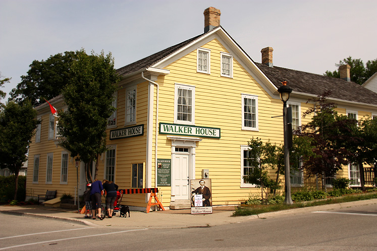 Canada Ontario Photos :: Kincardine :: Historical Walker House in Kincardine
