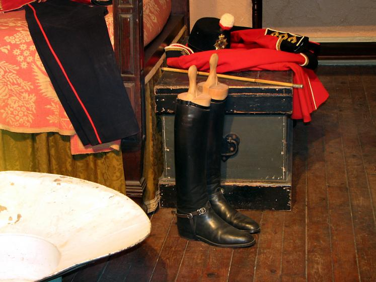 Canada Ontario Photos :: Kingston - Fort Henry :: Fort Henry - boots