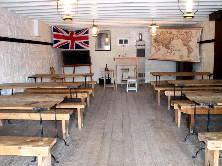 Canada Ontario Photos :: Kingston - Fort Henry :: Fort Henry - classroom