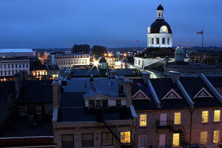World Travel Photos :: Quiet small-town views :: Ontario. Kingston at night