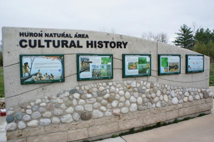 Canada Ontario Photos :: Kitchener :: Kitchener Huron Natural Area sign