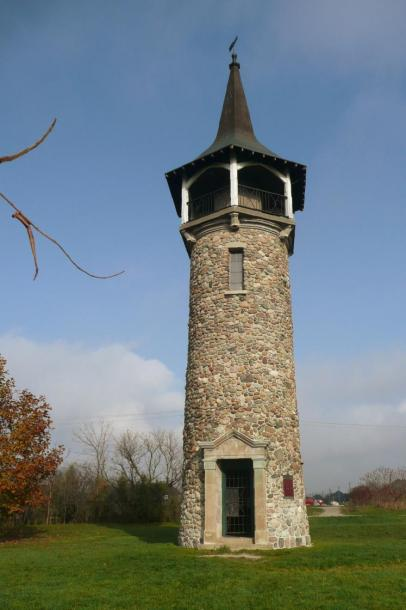 Canada Ontario Photos :: Landmarks :: Waterloo Pioneers Memorial Tower