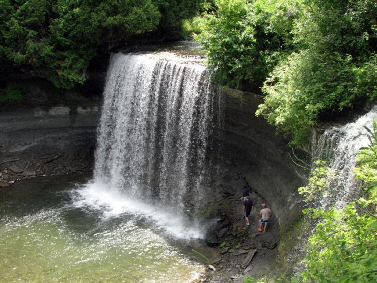 World Travel Photos :: Waterfalls :: Manitoulin Island. Bridal Veil Falls
