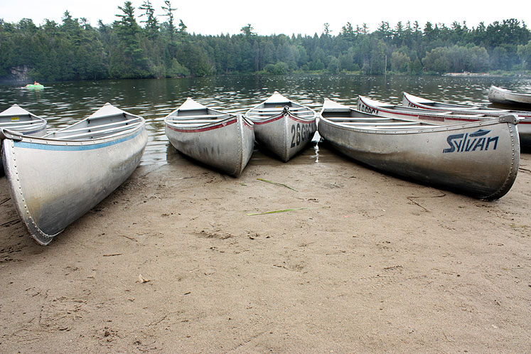 Canada Ontario Photos :: Misc :: Boats on Rockwood Lake