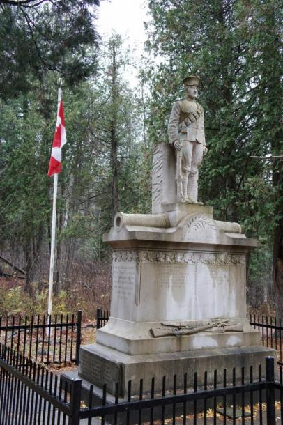 World Travel Photos :: Military Theme :: Ontario. Statue Erected by the People of Eugenia in Memory of her Soldiers who died in the Great War 1914-1918