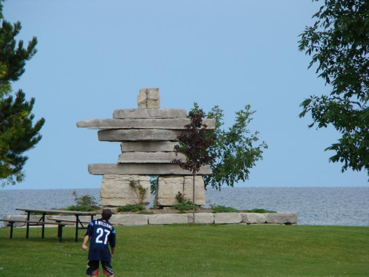 Canada Ontario Photos :: Collingwood :: Inukshuk located in Sunset Point Park Collingwood
