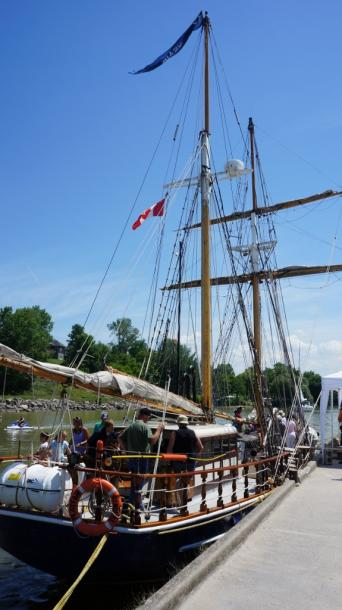 Canada Ontario Photos :: Misc :: Tall Ships in Bayfield Harbour