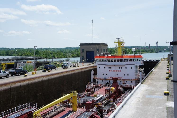 Canada Ontario Photos :: Misc :: Lake Freighter  Lock #3 Welland Canal located St. Catherines