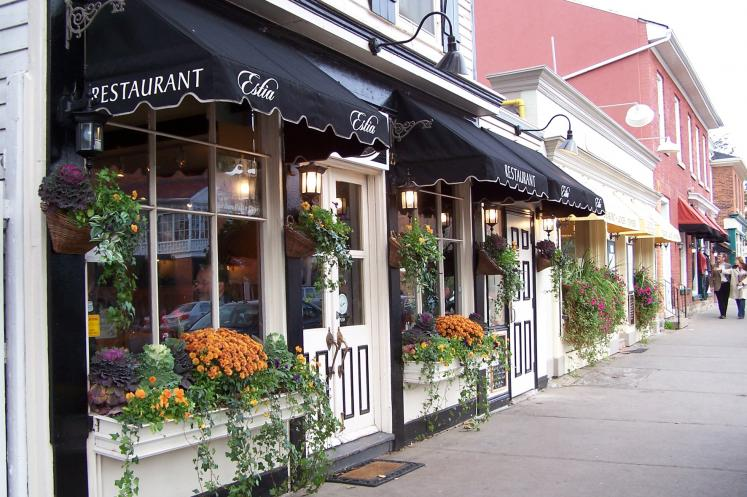 Canada Ontario Photos :: Niagara-on-the-Lake :: A restaurant in Niagara-on-the-Lake