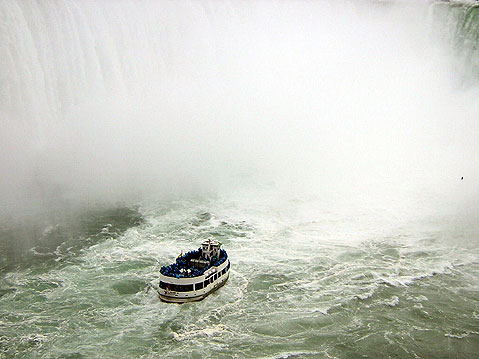 Canada Ontario Photos :: tigraed :: Niagara Falls. Maid of the Mist