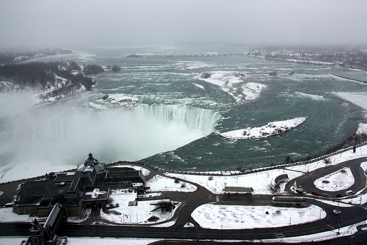 Canada Ontario Photos :: Niagara Falls :: Niagara Falls - a golden Horseshoe, in winter