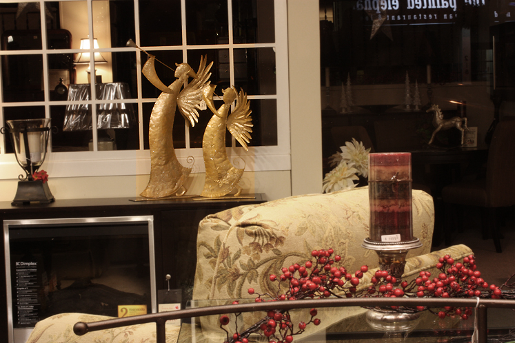 Canada Ontario Photos :: Oakville :: Oakville  - shop window decorated for Christmas