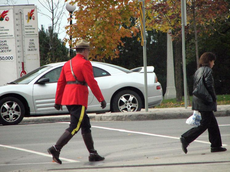 Canada Ontario Photos :: National symbolics :: Ottawa. Canadian Mountie