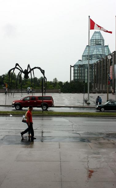 Canada Ontario Photos :: National Gallery Of Canada :: Ottawa. Maman and Art Gallery
