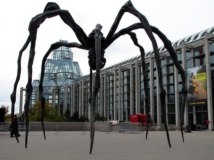 Canada Ontario Photos :: Maman (spider) :: Ottawa. Maman and Art Gallery