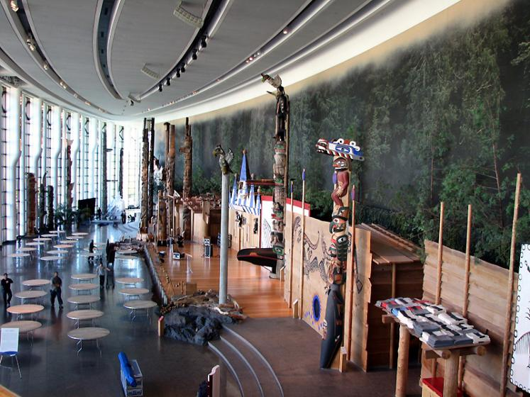 Canada Ontario Photos :: Canadian Museum of Civilization :: Ottawa. Museum of Civilization - aboriginal theme