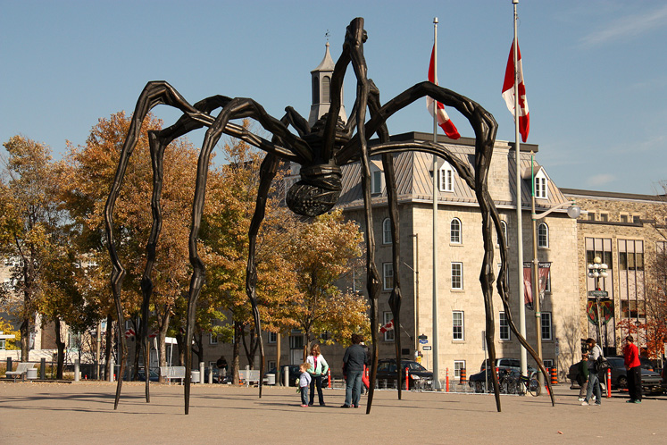 Canada Ontario Photos :: Sculptures and Monuments :: Ottawa. A giant spider Maman