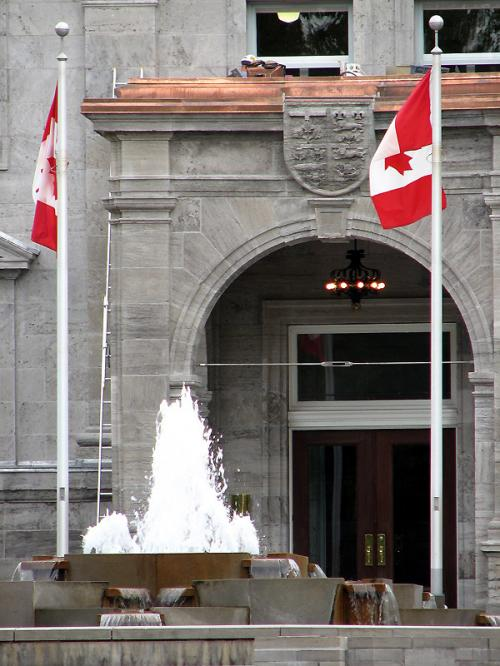 Canada Ontario Photos :: National symbolics :: Ottawa. Rideau Hall Entrance