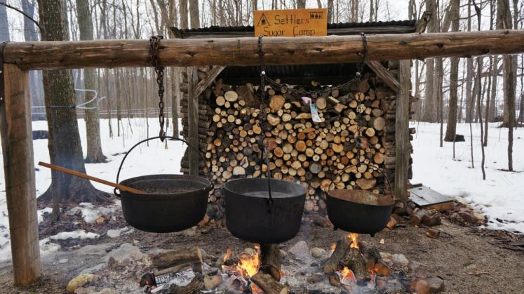 Canada Ontario Photos :: Waterloo :: Old Fashion Method for Cooking Maple Syrup Waterloo