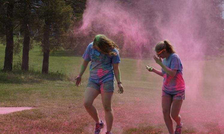 Canada Ontario Photos :: Waterloo :: Running in Colour Race in Waterloo