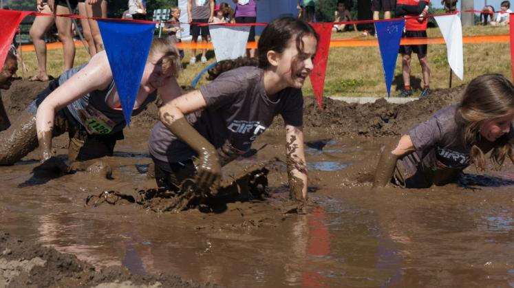 Canada Ontario Photos :: 194Lynn :: Dirty Dash 2016 Waterloo