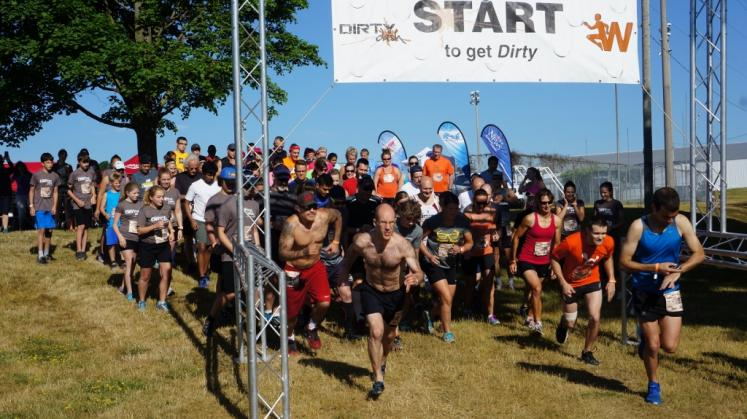 Canada Ontario Photos :: Waterloo :: Dirty Dash 2016 Waterloo
