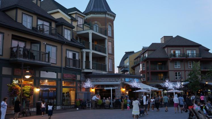Canada Ontario Photos :: Blue Mountain :: Nighttime at Blue Mountain