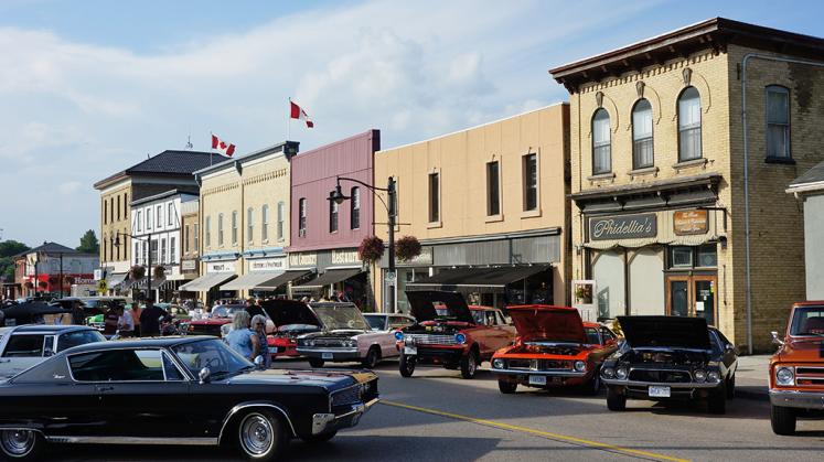 Canada Ontario Photos :: 194Lynn :: Cruise Night downtown New Hamburg